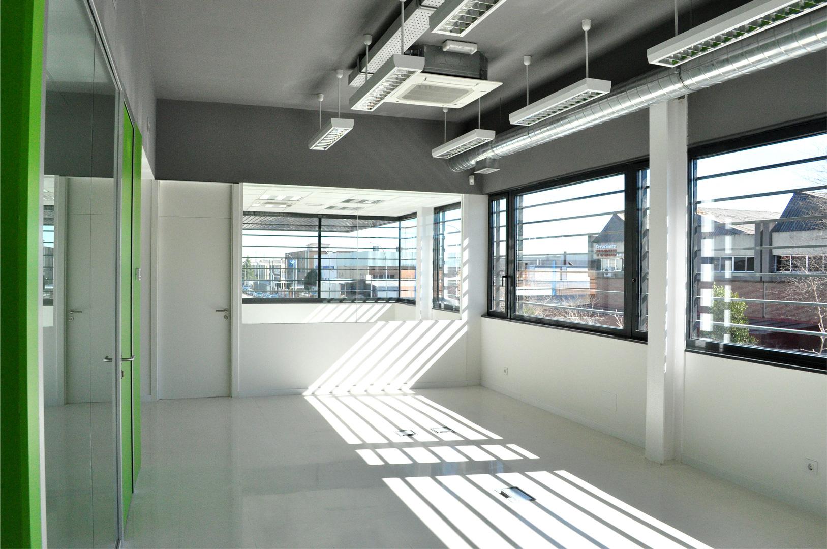 Ampliacion de nave para uso de oficinas alcorcon madrid for Oficina adecco alcorcon